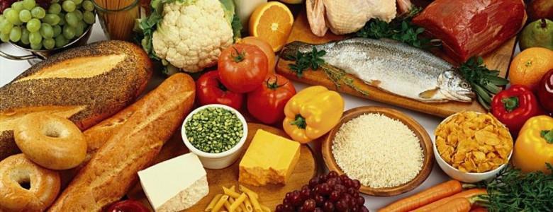 Удерживать цены на продовольствие поручил Мамин