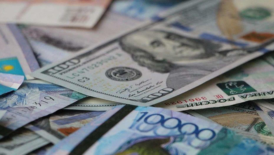 Покупать доллары сейчас бессмысленно - вице-президент KASE