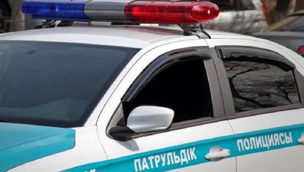 Полицейских ВКО наказали за остановку авто без причины