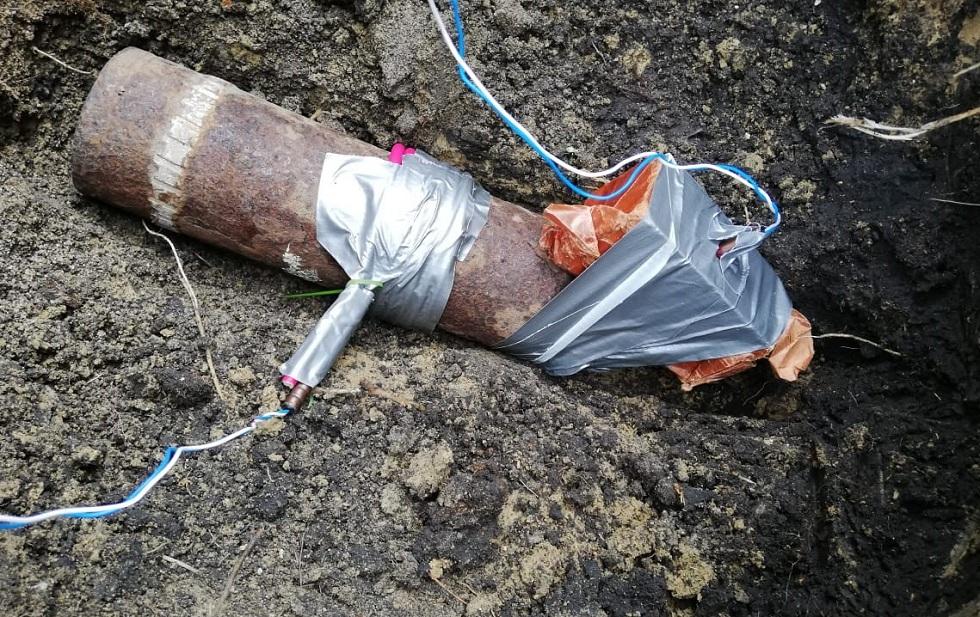 Житель Северо-Казахстанской области нашел боевой снаряд во дворе дома