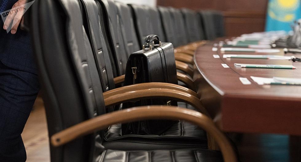 В мажилисе одобрили законопроект об ответственности руководителей за подчиненных-коррупционеров