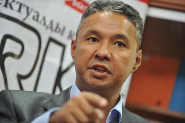 Депутат мажилиса раскритиковал чиновников за расточительность