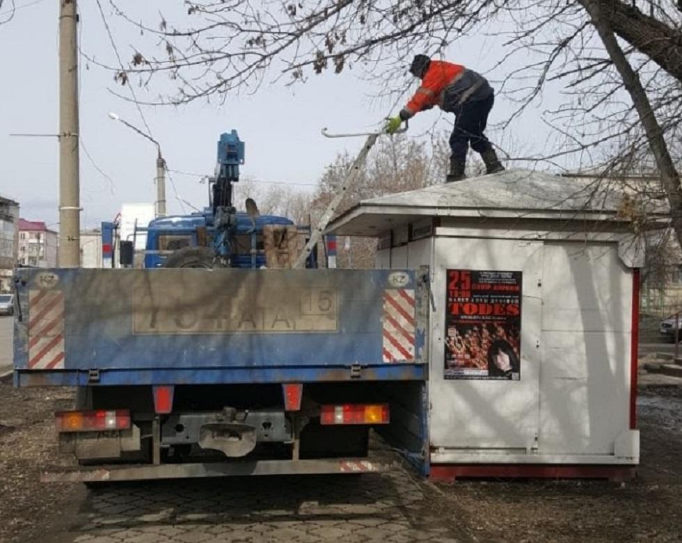 Киоски и павильоны начали массово сносить в Петропавловске