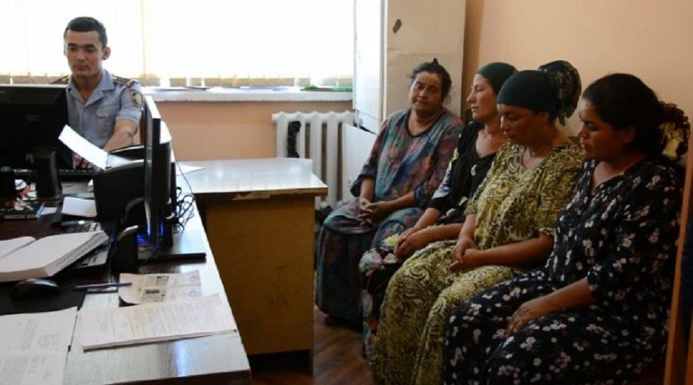 Аферистки из Узбекистана с помощью гипноза обманывали казахстанцев