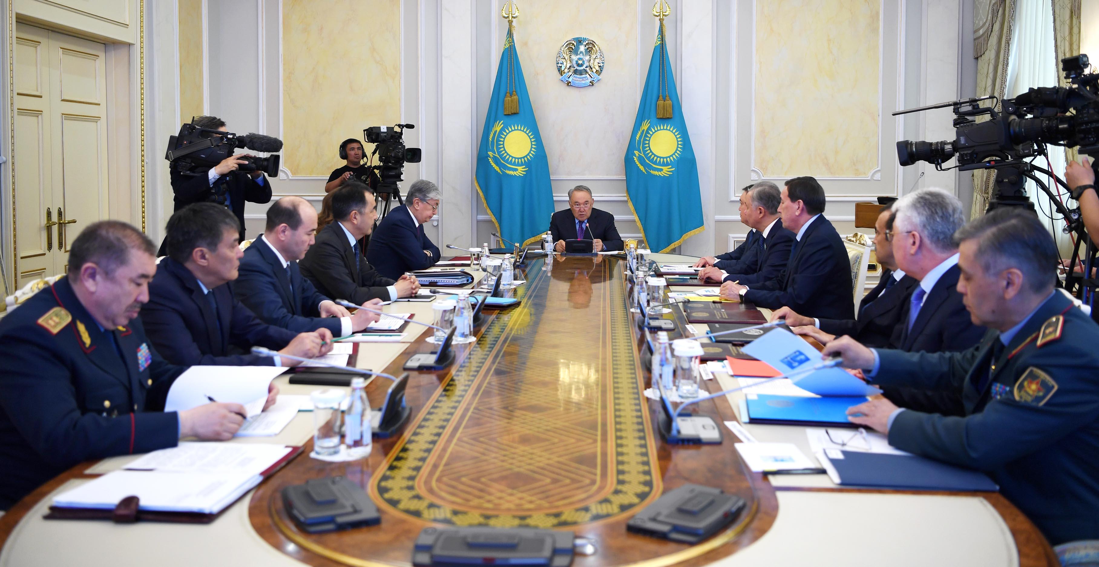 Назарбаев высказался о ЧП в Арыси на заседании Совбеза