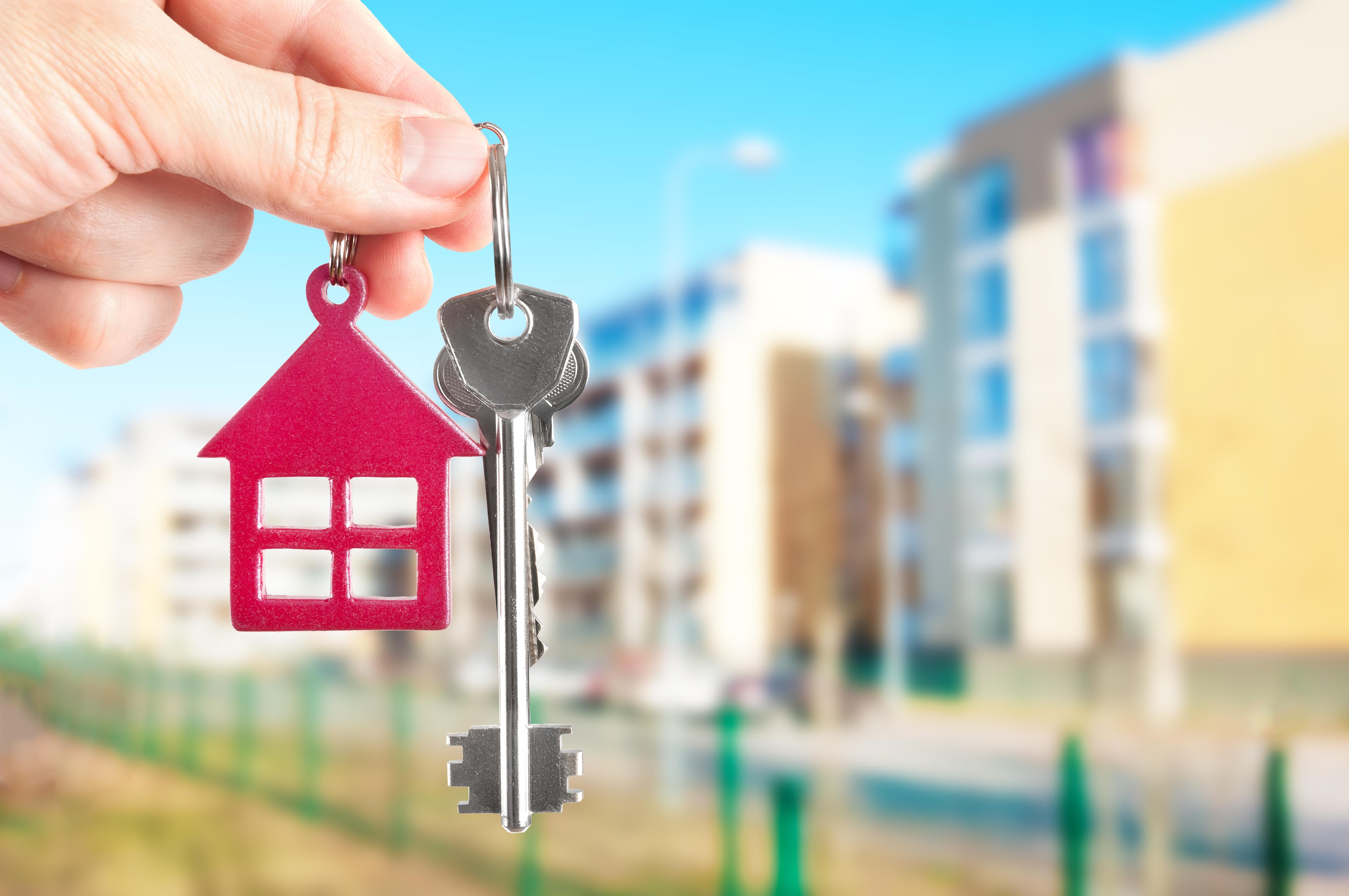 Депутат мажилиса предложил запретить продажу квартир в больших количествах одному человеку