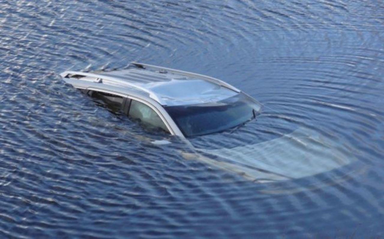 В своей машине утонул житель СКО