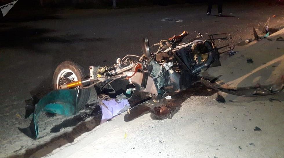 Смертельное ДТП: в Алматы столкнулись мотоцикл и мопед