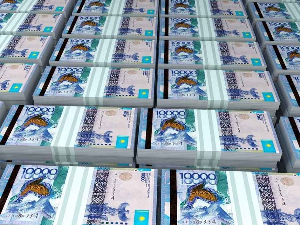 Житель Уральска обманул горожан на 12 миллионов тенге