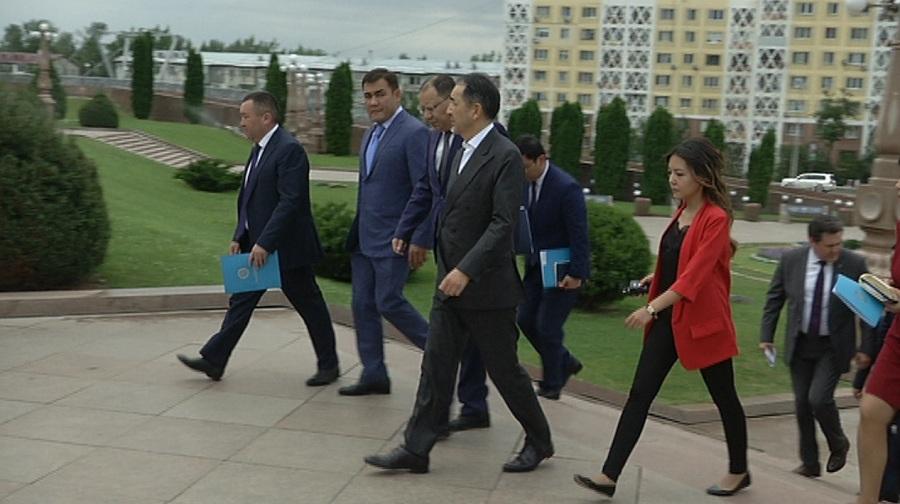 Аким Алматы поручил реконструировать фонтан в Парке имени Первого Президента РК