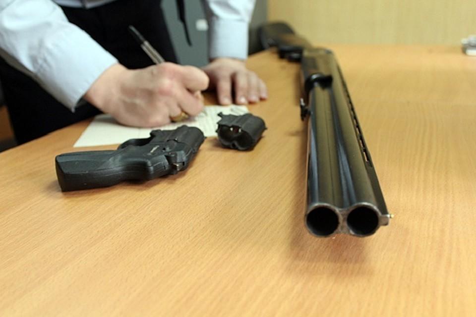 """Отработка """"Кару"""": полиция Алматы проверяет владельцев оружия"""