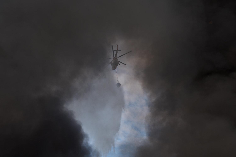 Специалисты проверили качество воздуха после пожара на складе лакокрасочных изделий в Алматы