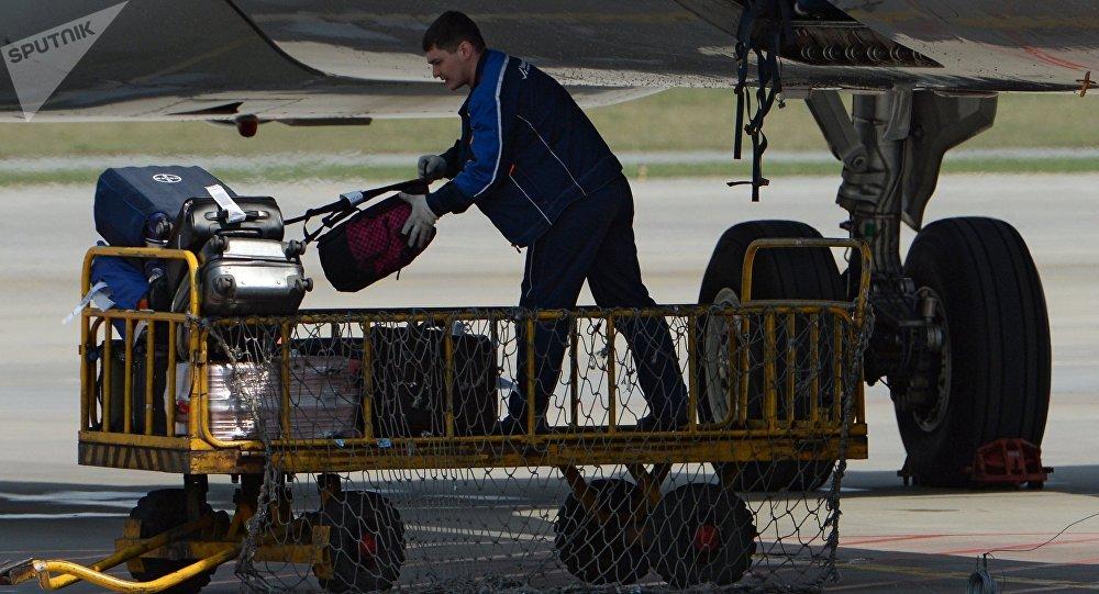 Без второй сумки: в Air Astana изменились правила провоза багажа