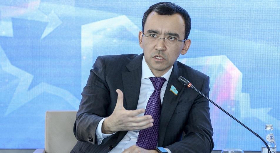 Маулен Ашимбаев назначен помощником Президента РК