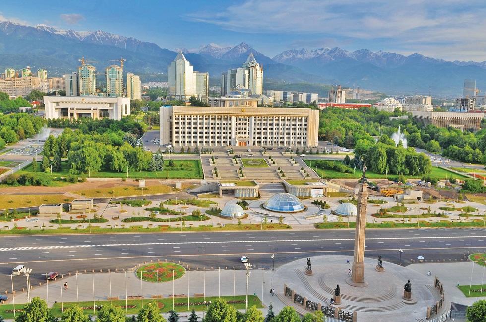 Маслихат поддержал уточнения в бюджет для развития мегаполиса по принципу «Город без окраин»