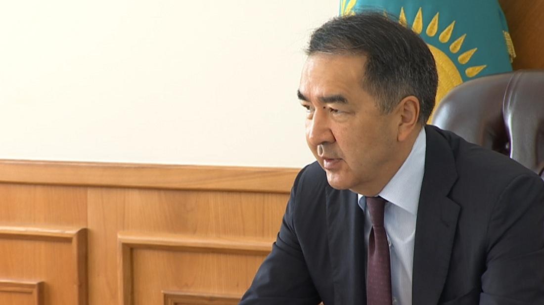 Аким Алматы поручил проверить все медучреждения мегаполиса