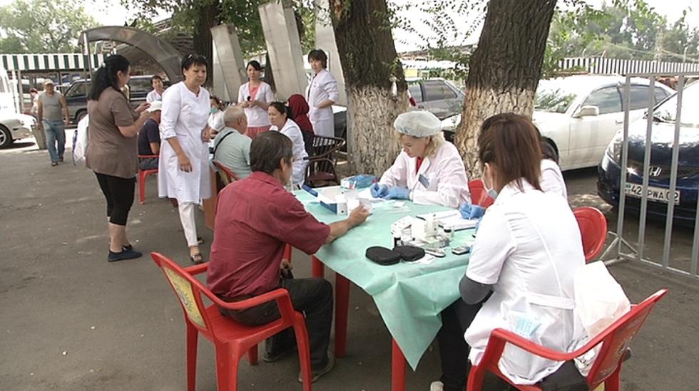 Акция здоровья прошла на рынке в Турксибском районе