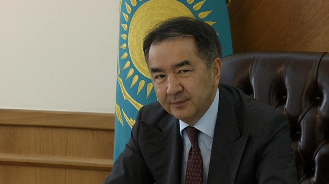 Бақытжан Сағынтаев Алатау ауданының белсенділерімен қайта қауышты