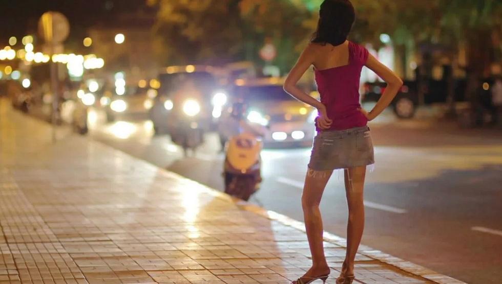 Борьба с проституцией на Сейфуллина: промежуточные итоги озвучили в полиции