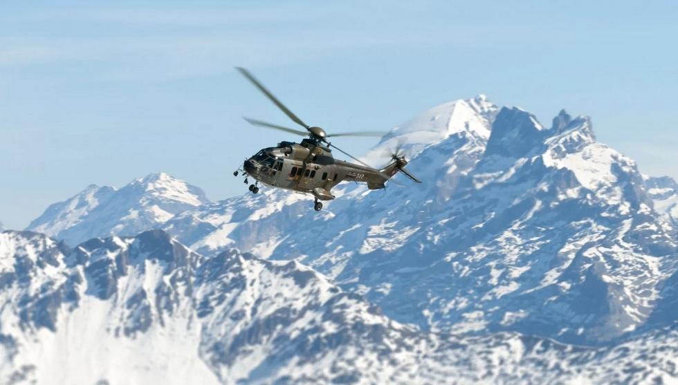 14 облетов совершили военные в поисках пропавших альпинистов - признаков людей нет