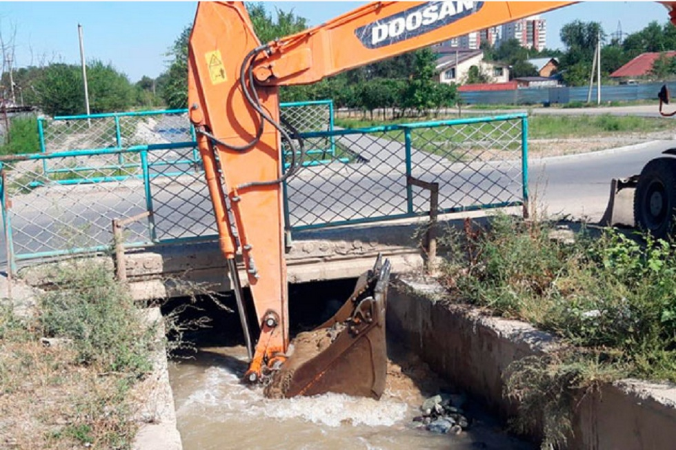 Подачу воды возобновили в Наурызбайском районе Алматы