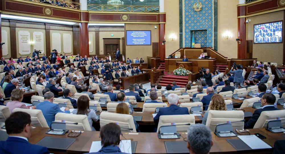 Нигматулин созвал совместное заседание палат парламента
