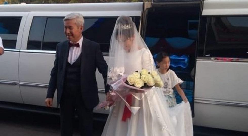 82-летний артист Нургали Нусипжанов женился на 37-летней журналистке