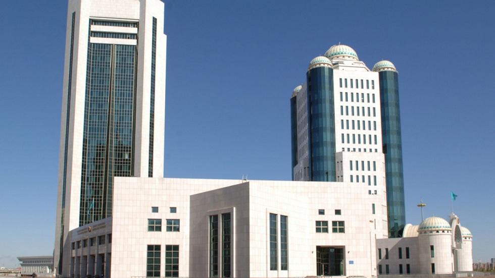Казахстанцы на сайте Сената активно предлагают новые законопроекты