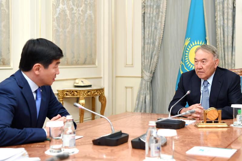 Назарбаев принял Байбека