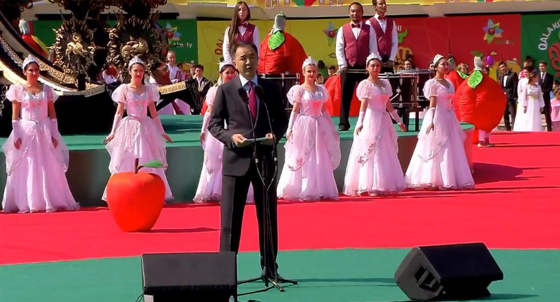 Бакытжан Сагинтаев поздравил алматинцев с Днем города