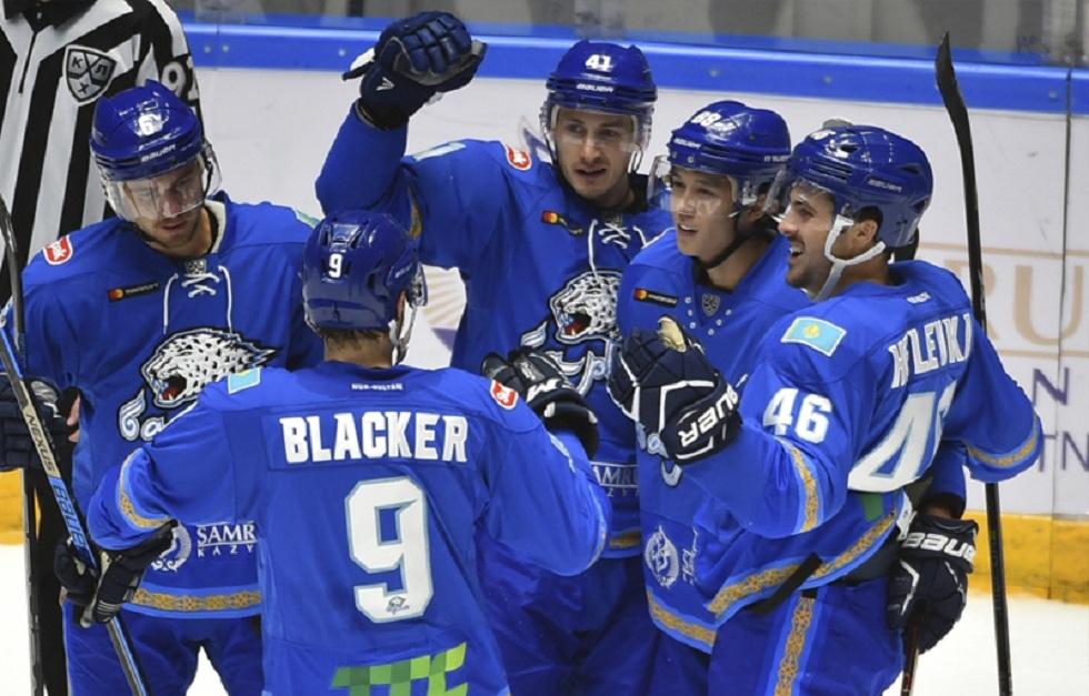 """Победой """"Барыса"""" завершился первый в истории матч Континентальной хоккейной лиги в Алматы"""