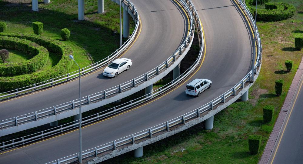 В Казахстане временно приостановили регистрацию автомобилей