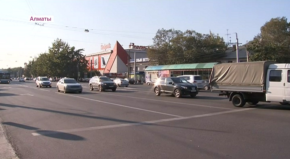 Новые автобусные маршруты и арычная сеть - аким Алмалинского района рассказал о нововведениях