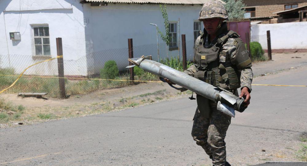 Взрывы в Арыси: в Минобороны не исключили повторных детонаций боеприпасов