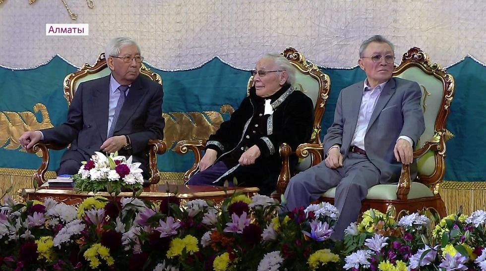 Первые лица государства поздравили Абдижамила Нурпеисова с 95-летием