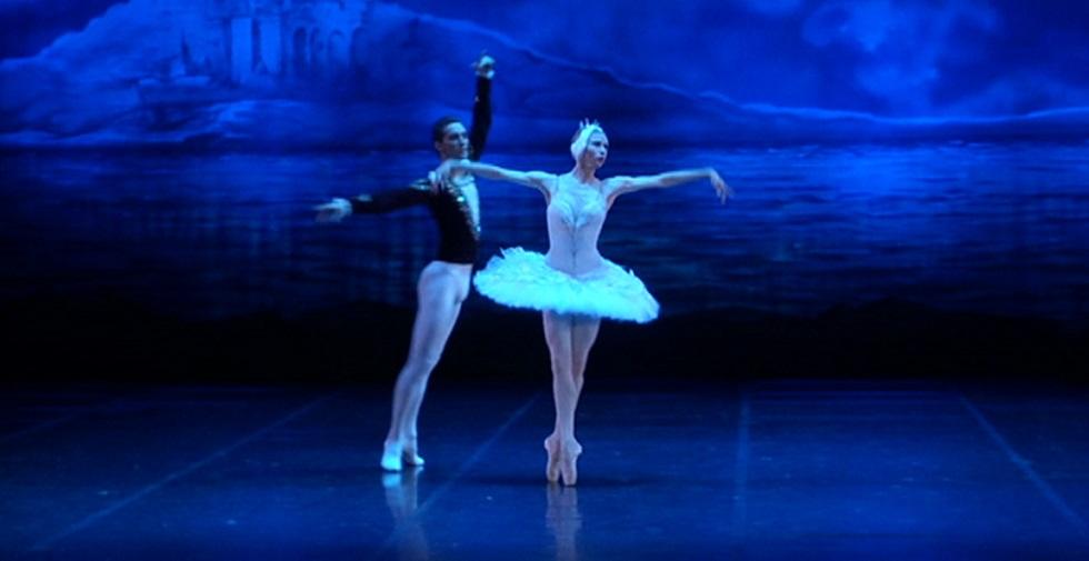 Звезды балета России и Украины выступили в ГАТОБ им. Абая