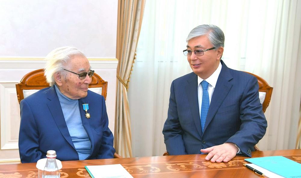 Касым-Жомарт Токаев встретился с Абдижамилом Нурпеисовым