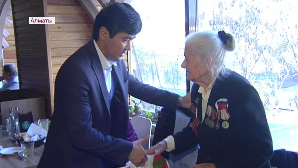 Активным пенсионерам Алматы устроили праздник