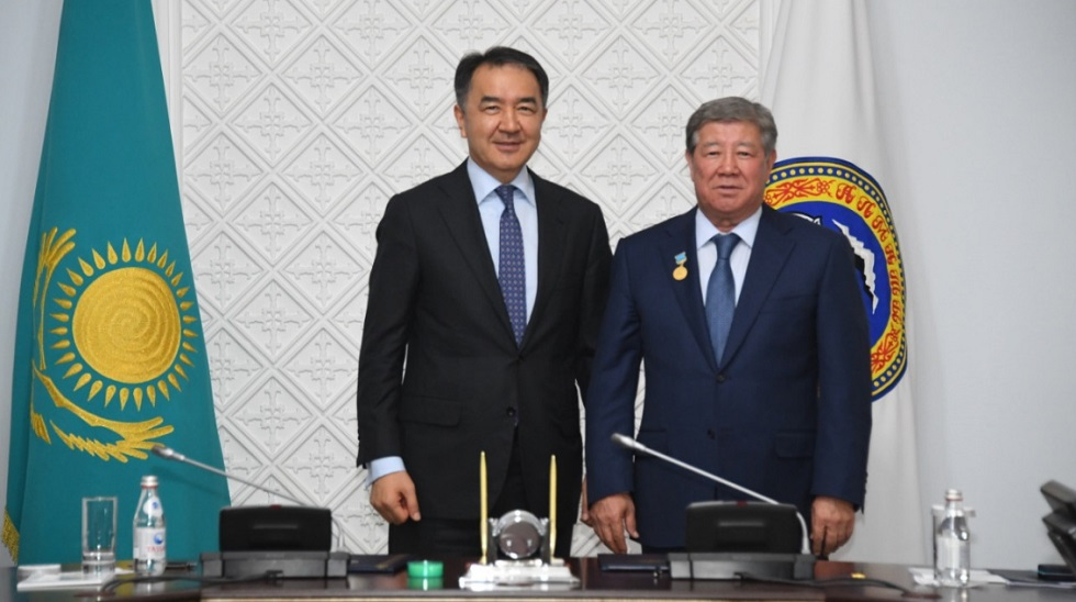 Перевести ТЭЦ-2 на газ совместными усилиями договорились акимат Алматы и фонд «Самрук-Казына»