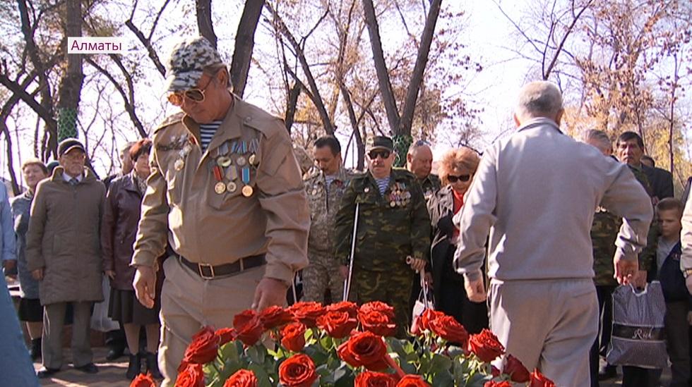 Сквер ветеранов афганской войны после реконструкции открыли в Алматы