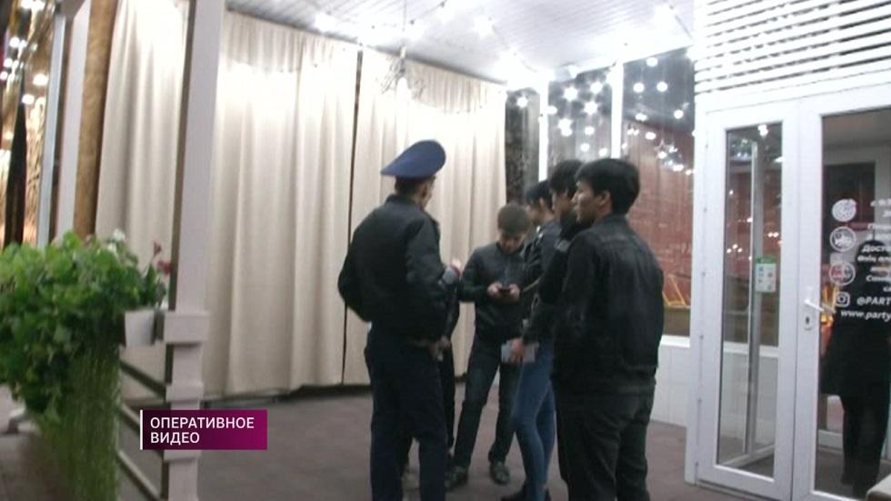 Свыше 300 бродячих по ночам подростков задержали полицейские Алматинской области