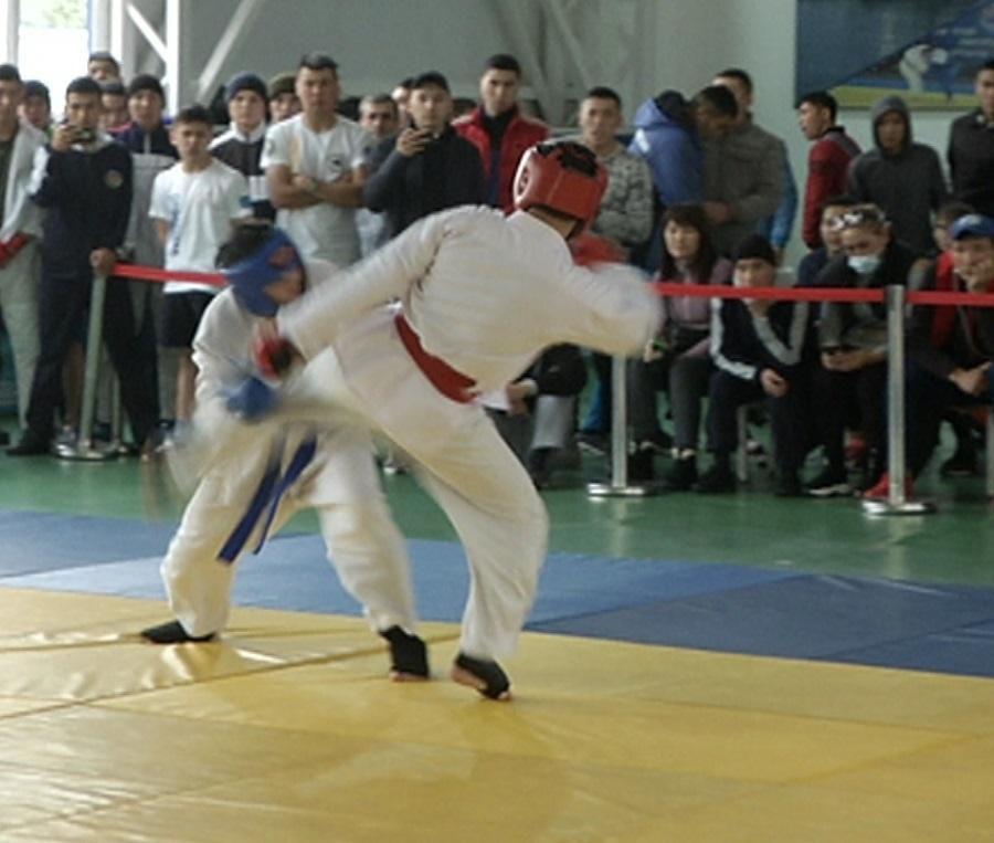 В Алматы стартовал открытый чемпионат по рукопашному бою