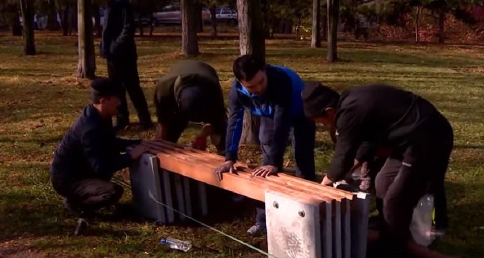 Скамейки за лайки: житель Бишкека придумал необычный способ обустройства парков (видео)