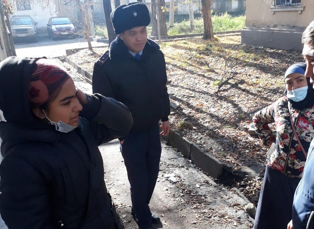 Борьбу с попрошайками ведут полицейские Алматы