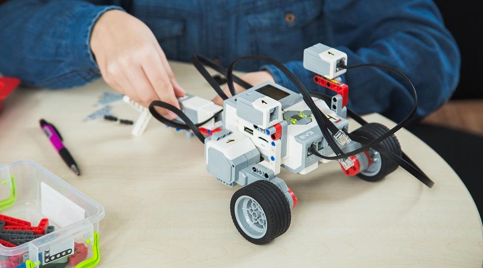 Чемпионат по робототехнике среди детей и подростков провели в Алматы