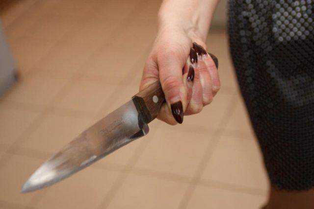 Сожителя ударила ножом жительница Костанайской области