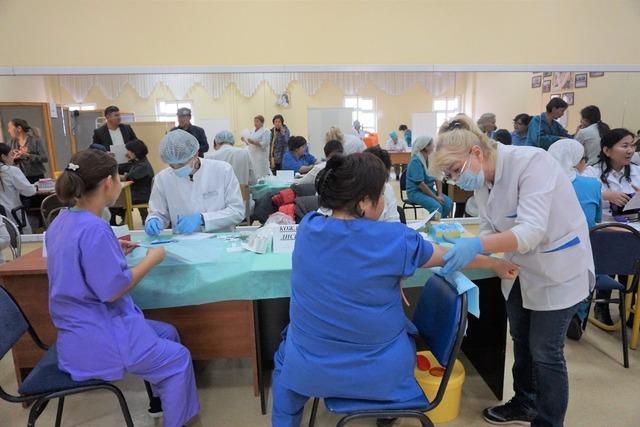 Алматылықтар ХҚКО-да тегін медициналық тексерістен өтті