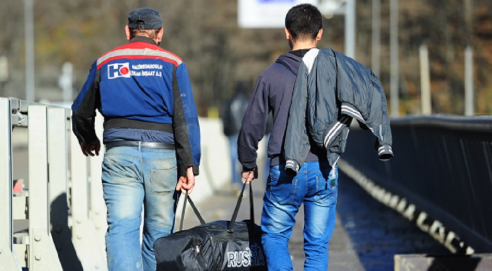 Из Казахстана за девять месяцев уехали более 34 тысяч человек