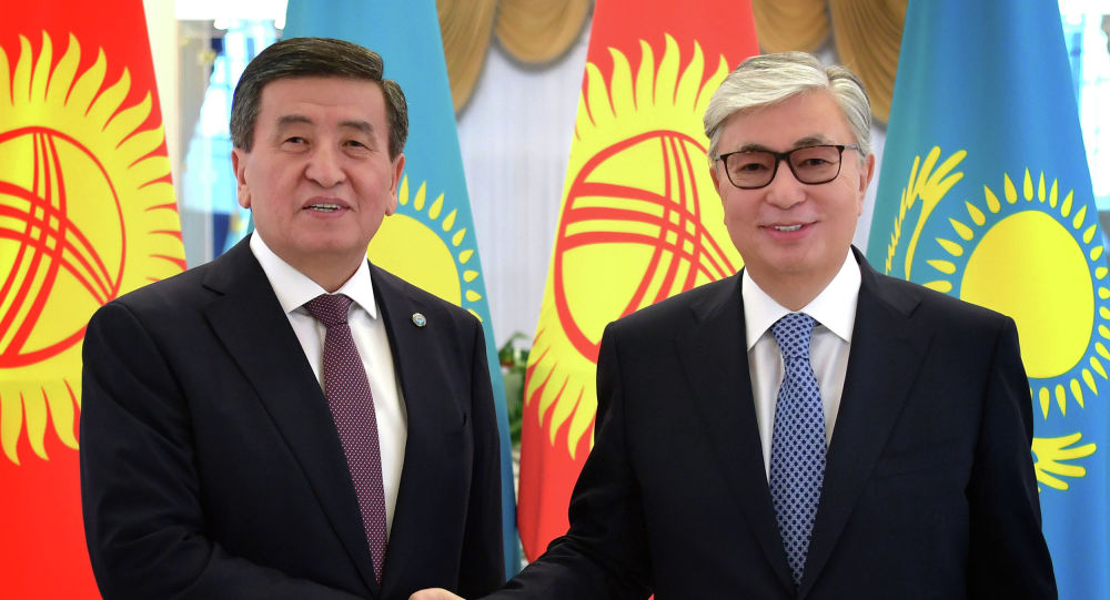 Токаев поздравил президента Кыргызстана Жээнбекова с днем рождения