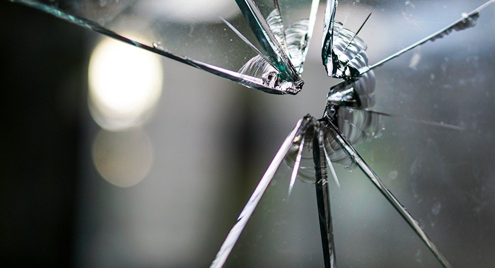 Забыл опустить кузов: грузовик сбил опору моста в Павлодарской области
